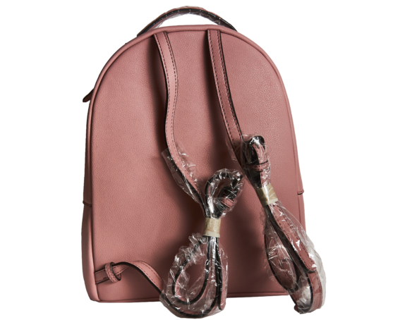 Фото розовый кожаный рюкзак - 2